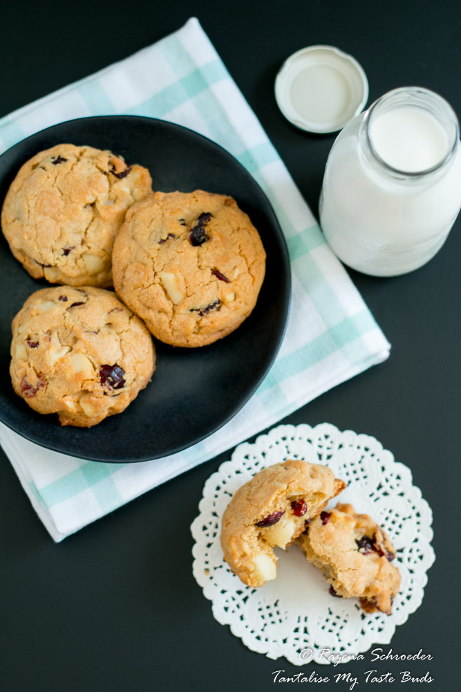 Cranberry, Macadamia and White chocolate cookies