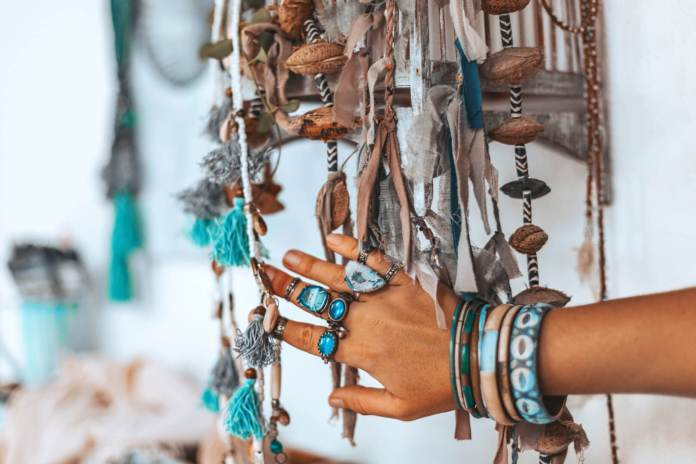 Snuffelen op de online Ibiza feel good markt