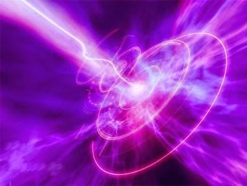 Tanto con nuestra práctica enfocada de Hatha Yoga, como a través de la experiencia de la Sexualidad Sagrada en pareja (y a través de técnicas de continencia tántricas), nos capacita para disfrutar de intensos procesos energéticos: la transmutación y la sublimación de la energía a niveles superiores de Conciencia.