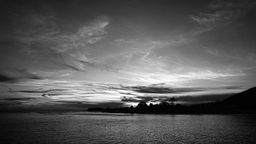 Malibu-at-Sunset---Black-and-white-Landscape