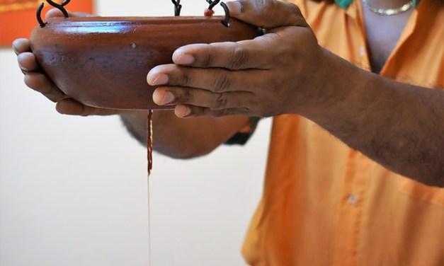 Shirodhara – der ayurvedische Stirnölguss