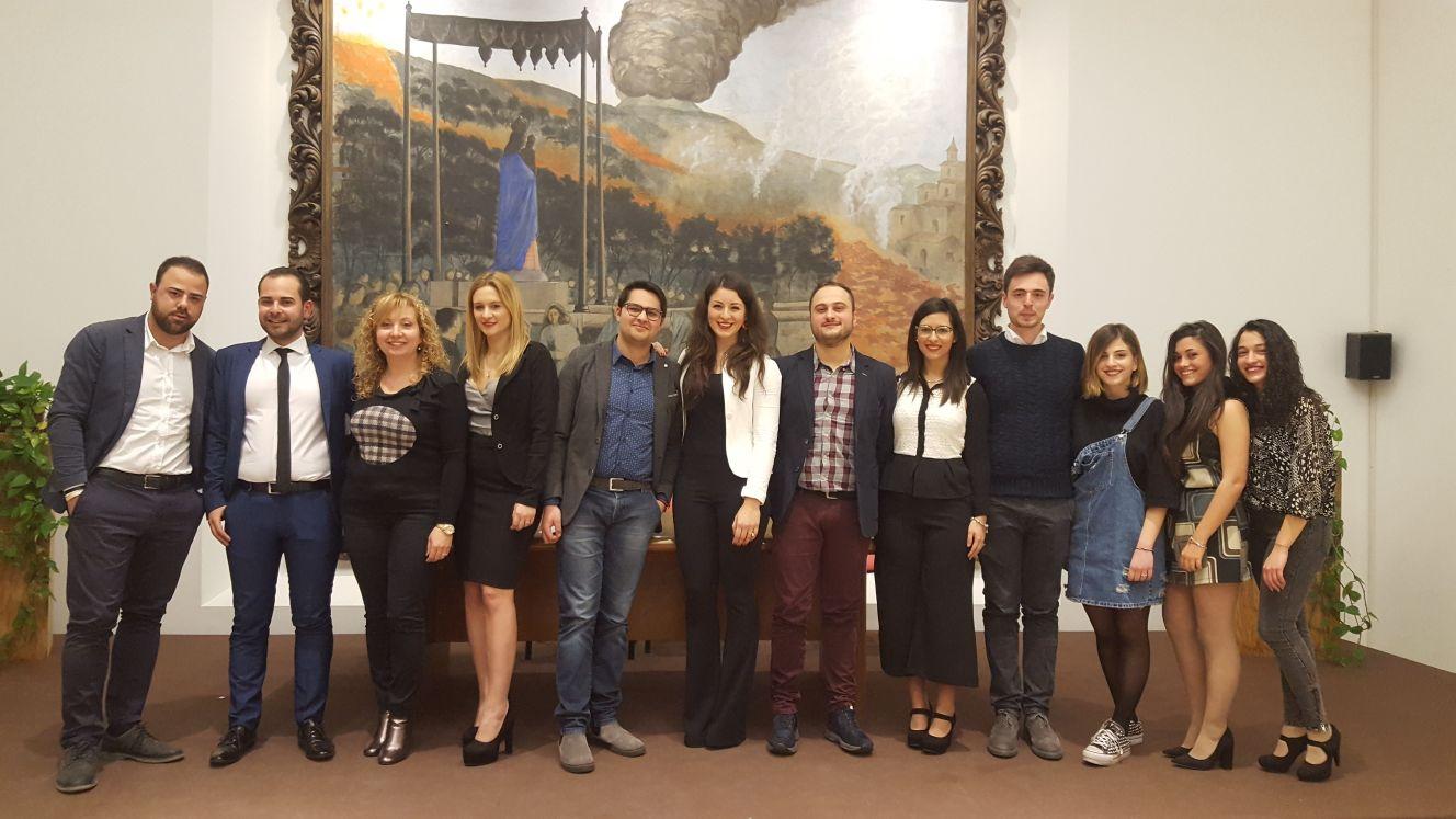 Zafferana etnea nuovo direttivo per la consulta giovanile for Di mauro arredi zafferana