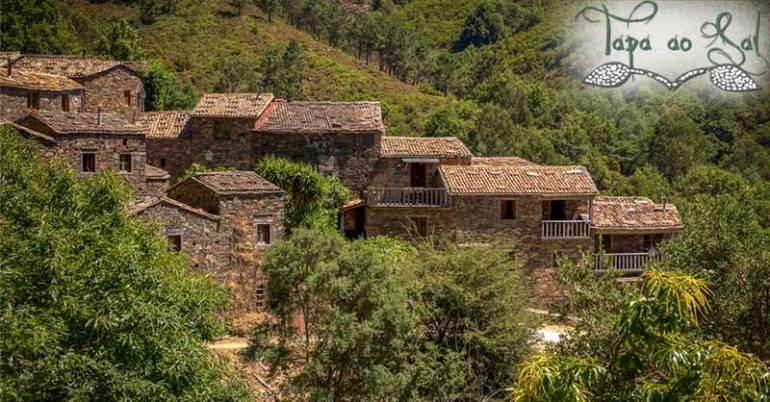 casas de xisto inseridas na vegestação