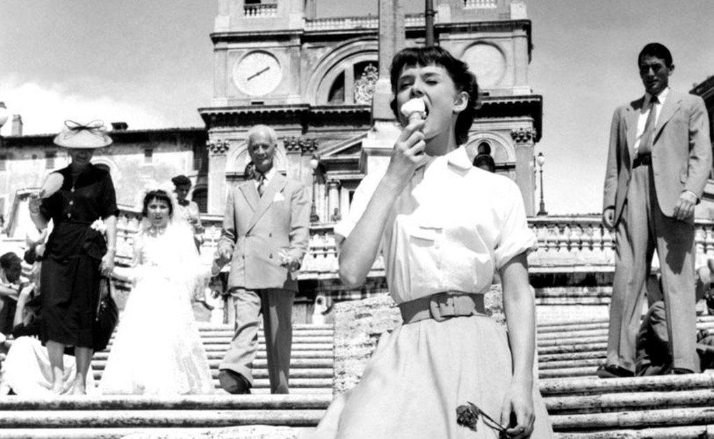 Audrey Hepburn y Gregory Peck en Vacaciones en Roma