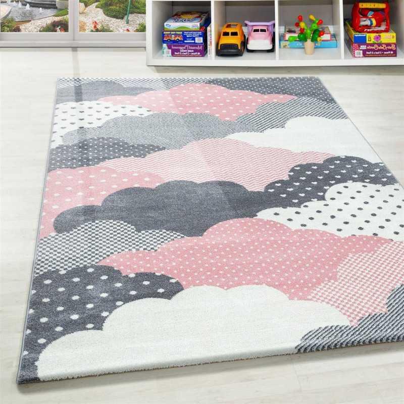 tapis enfant chambre de bebe motif nuages rose gris blanc dimension 80x150 cm