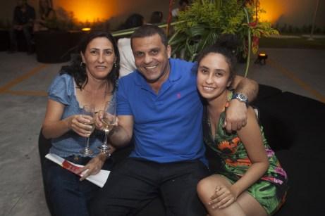 Iara Cavalcante, Lairton Rodrigues e Ingrid Maria