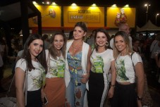 Cintia Queiroga, Karise Cardoso, Karla Pinheiro, Ismenia Linhares e Irmenia Pinheiro