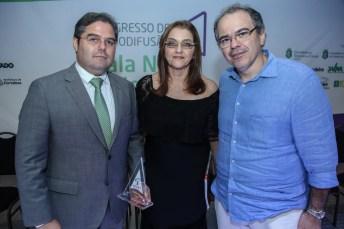 Edson Queiroz Neto , Carmen Dummar e Dummar Neto (3)
