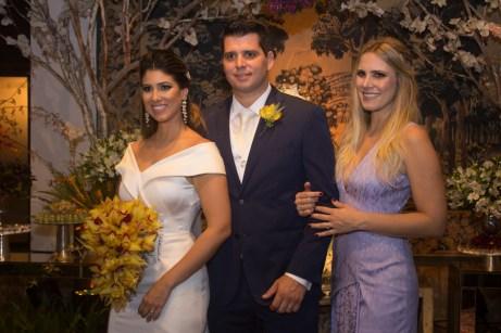 Larissa Ximenes, Newton e Rafaela Basto