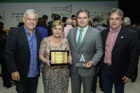 Paulo Cesar , Lucilia Norões , Edson Queiroz Neto e Walter Bardavil (1)
