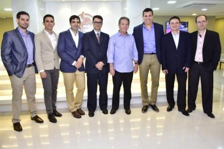 Adriano Vasconcelos, Marcelo Falcão,Ibraim Cavalcante, André B., Claudio Rocha, Helmut Poti, Wilson Parente e Gustavo Benevides