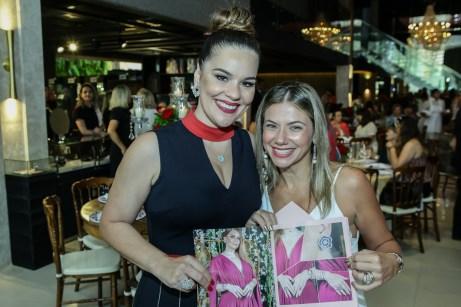 Ana Paula Domene e Adriana Queiros