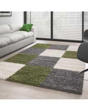 tapis shaggy pile longue designe a carreaux vert blanc gris