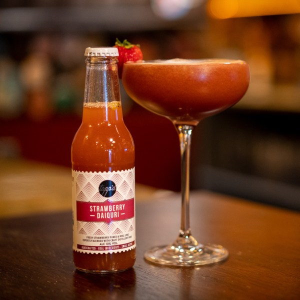Strawberry Daiquiri ready to drink cocktail and bottle image