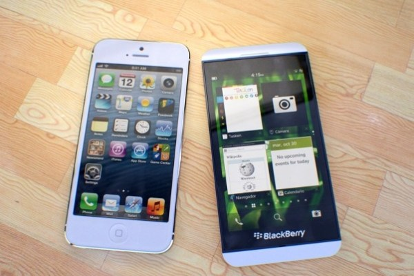 BlackBerry Z10 vs iPhone 5