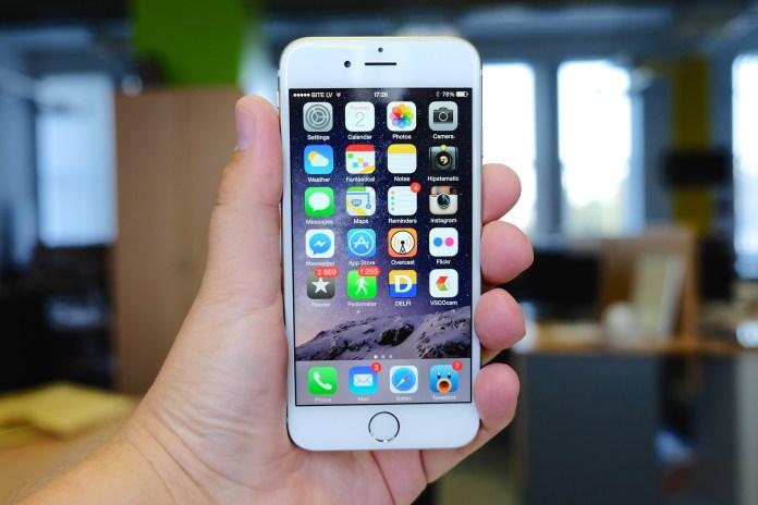 delete default iphone apps