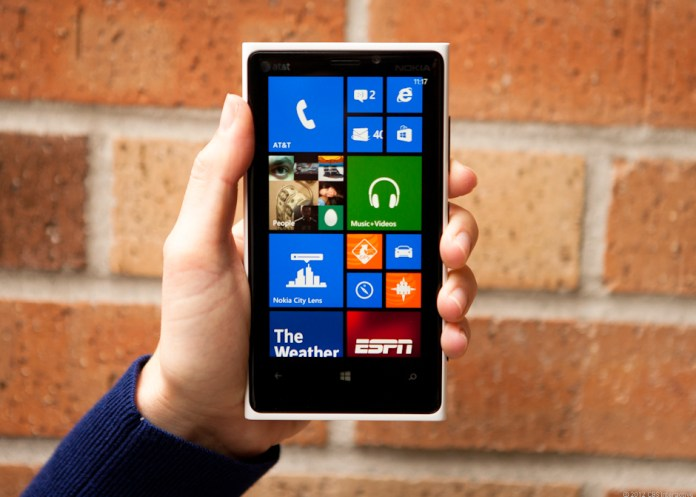 Nokia Guarantees Customer Service Against Competitors With Nokia Lumia 920
