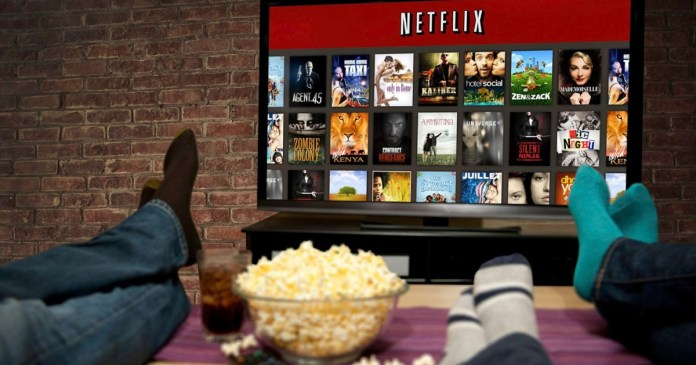 Netflix adds offline playback feature : Limited content (for now)