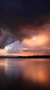 Sunset Cloudy iPhone 7 Wallpaper