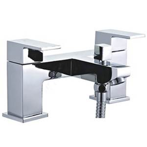 Essential Edgeware Deck Mounted Bath Filler