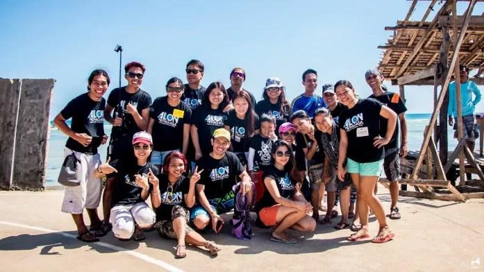 Alon ng Pag-asa volunteers