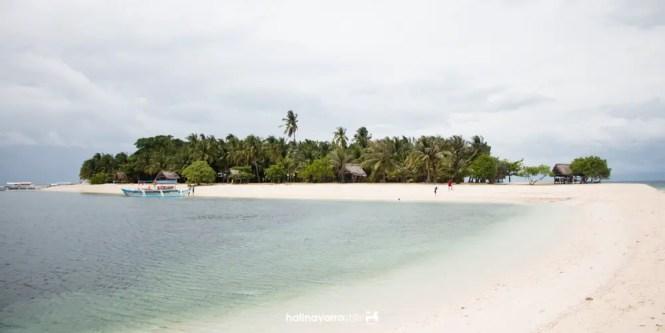 Sand bar of Digyo Island, Cuatro Islas