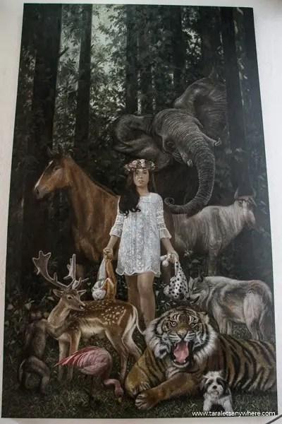Pinto Art Museum love animals