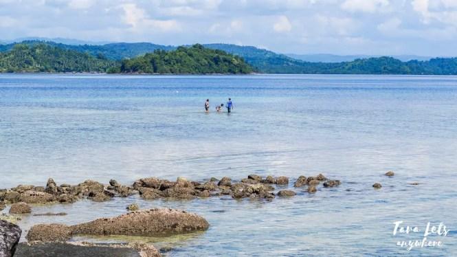 Beach in Bisaya-Bisaya Island, Once Islas