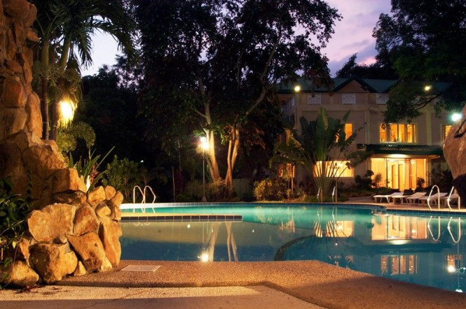 Best resorts in Bataan - Vista Venice Resorts