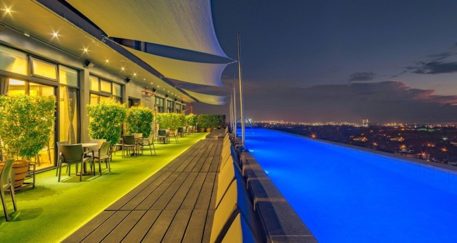 Staycation in Manila: 7 Best Condos and Hotels with Infinity Pool