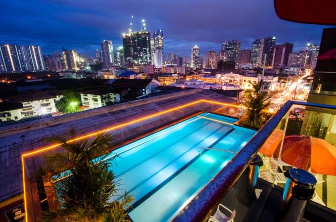 Manila staycations with infinity pool - Jade Hotel and Suites