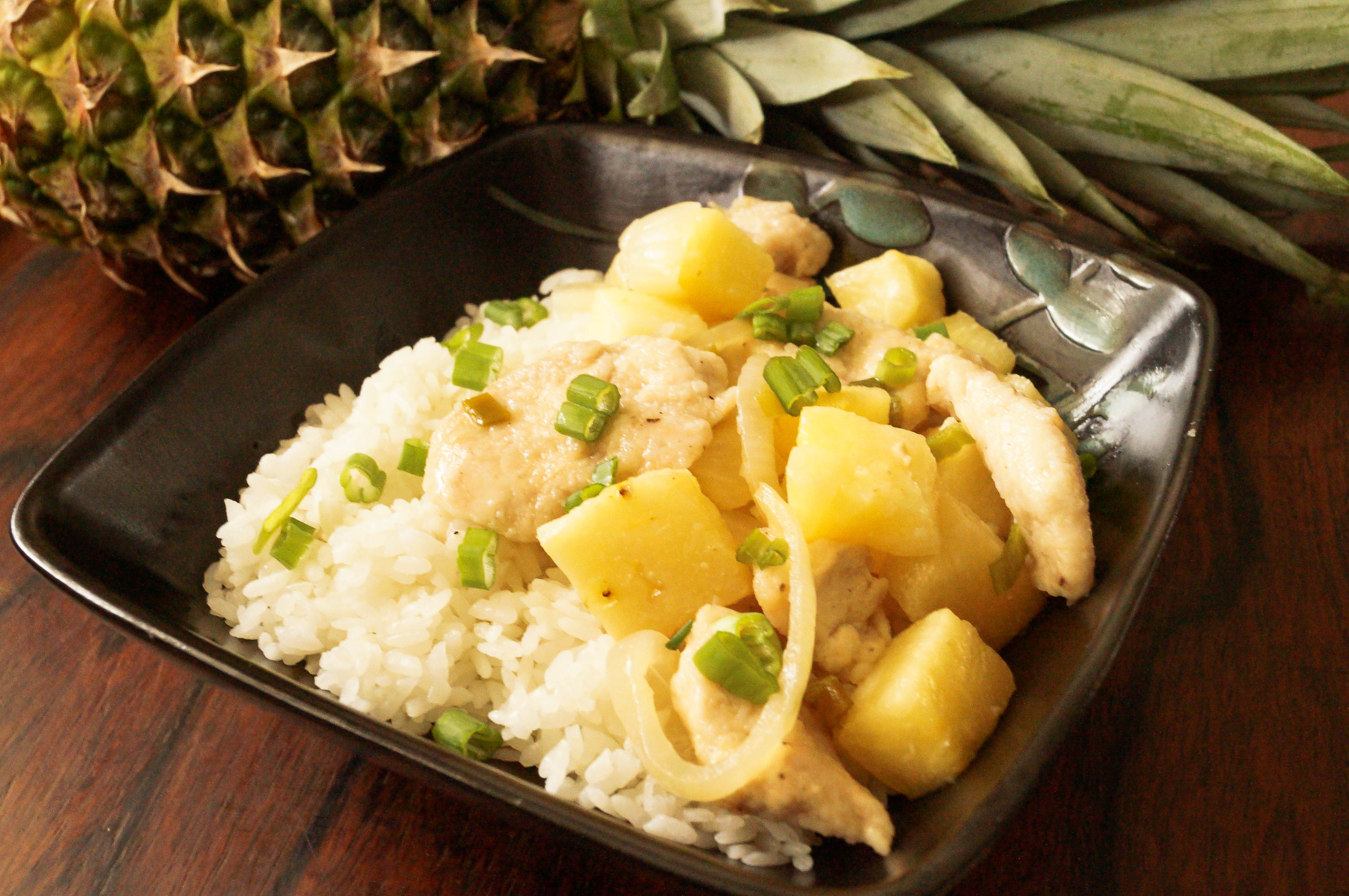 Stir-Fried Chicken and Pineapple