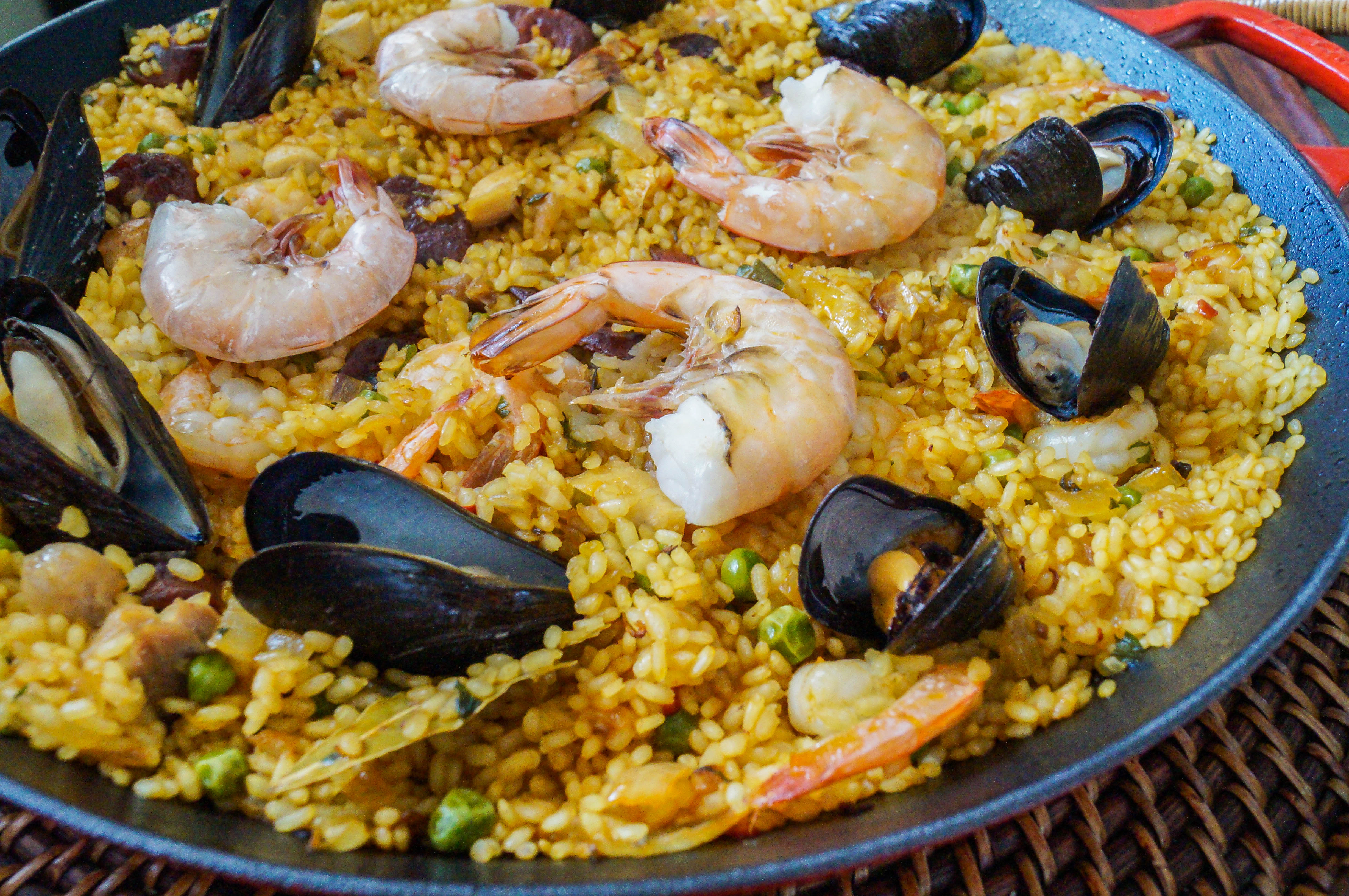 Paella Mixta (Spanish Paella with Seafood and Meat)
