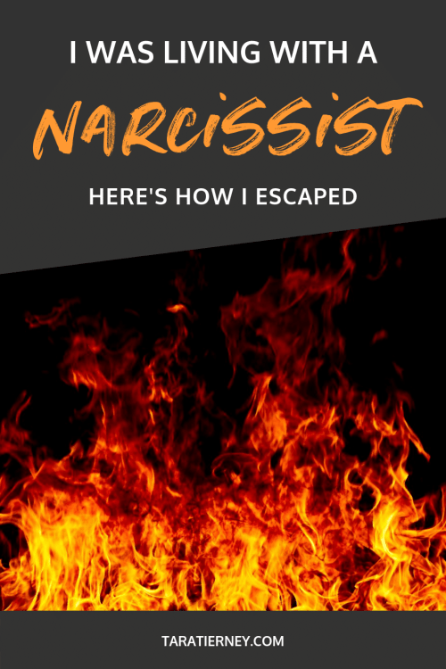 I was Living with a Narcissist - Here's How I Escaped