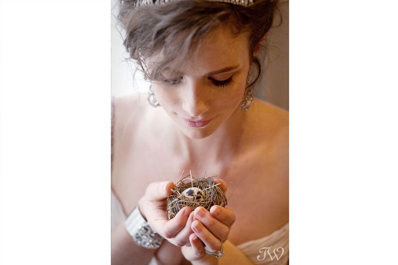 fairmont-palliser-calgary-bride-with-nest-27