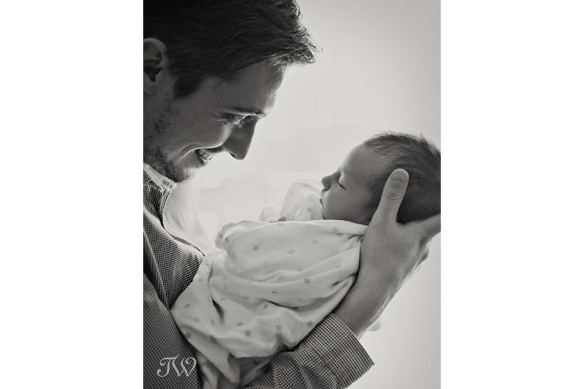 newborn-photography-session-Tara-Whittaker-02