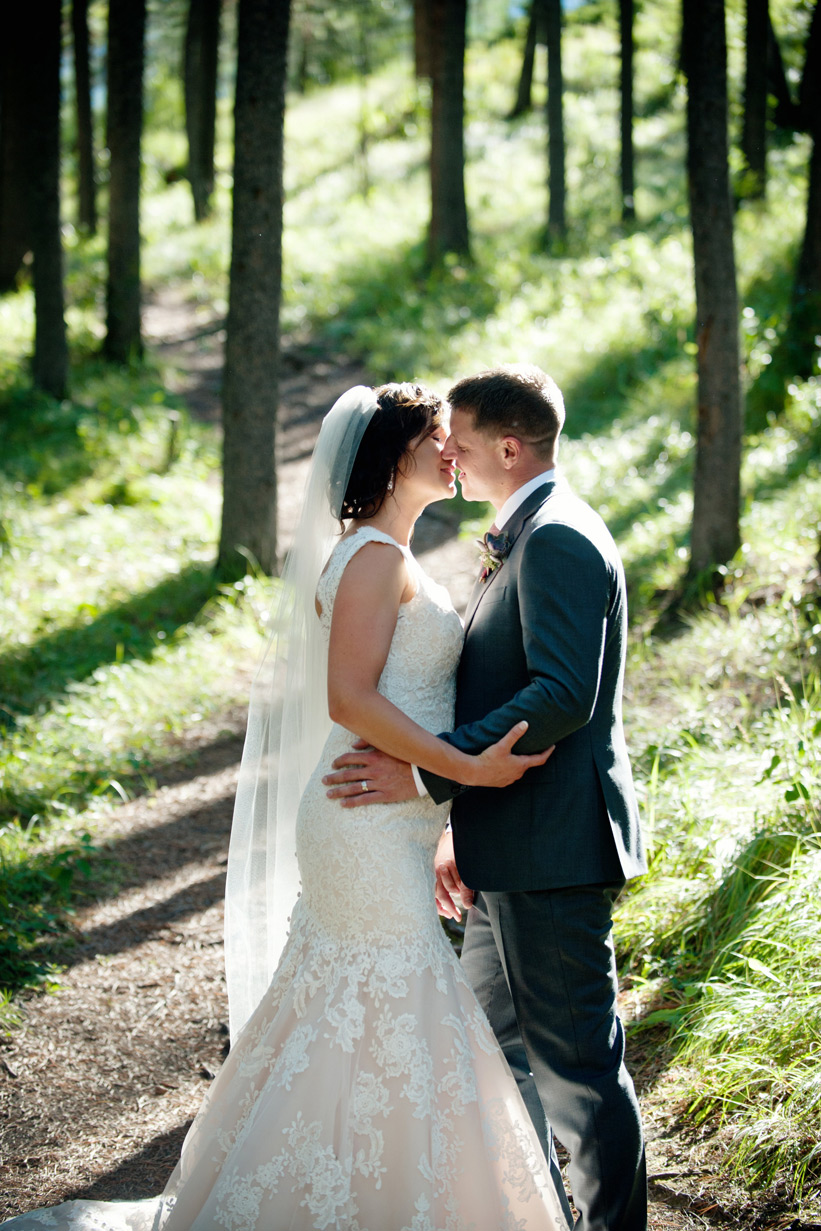 Couples after their Quarry Lake wedding captured by Tara Whittaker Photography