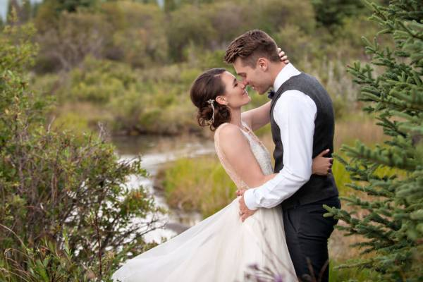 Canmore wedding – Steph & Sean in Avenue Weddings