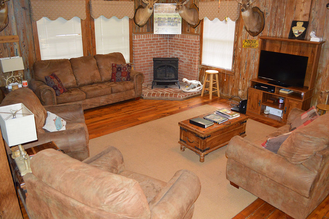 halpino-living-room