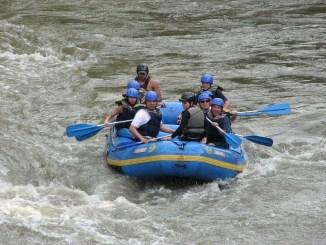 Les collégiens de St Laurent de Neste ont nettoyé la rivière