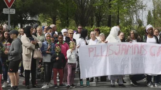 Tarbes, émotion à la marche blanche pour Fatima