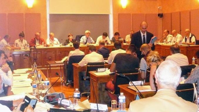 Tensions et joutes verbales au Conseil municipal de Tarbes
