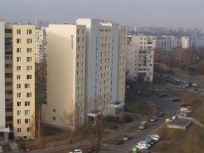 Bloki spółdzielni RSM Praga przy ul. Askenazego. Po prawej stronie widać rezerwę na ul. Nowotrocką / fot. targowek.info