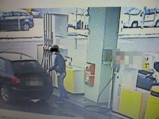 Złodzieje paliwa w akcji /fot. policja