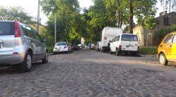 Ul. Lusińska, którą w lecie urzędnicy chcieli zastąpić betonem