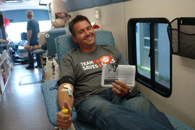 team tar heel loves to give blood for a good cause