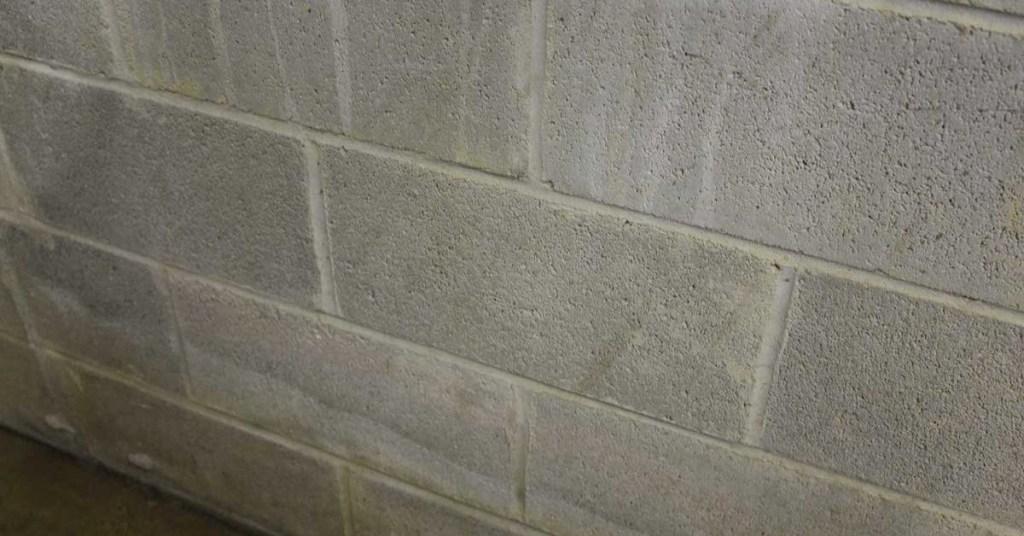 block foundation wall