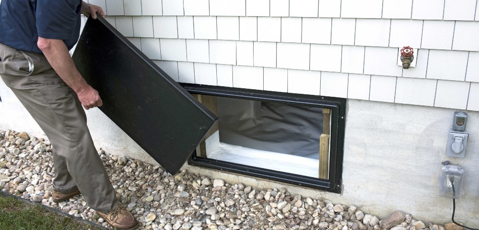 cover crawl space vents
