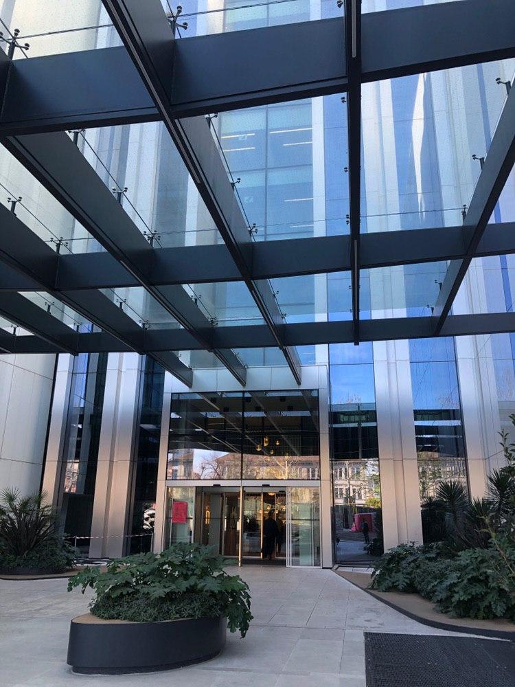 Head Office Di Amazon A Milano Foto E Curiosita Esclusive Tariffando It