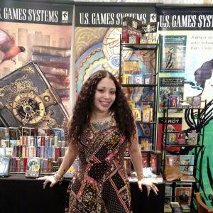 Tarot Reader Emilie Moe